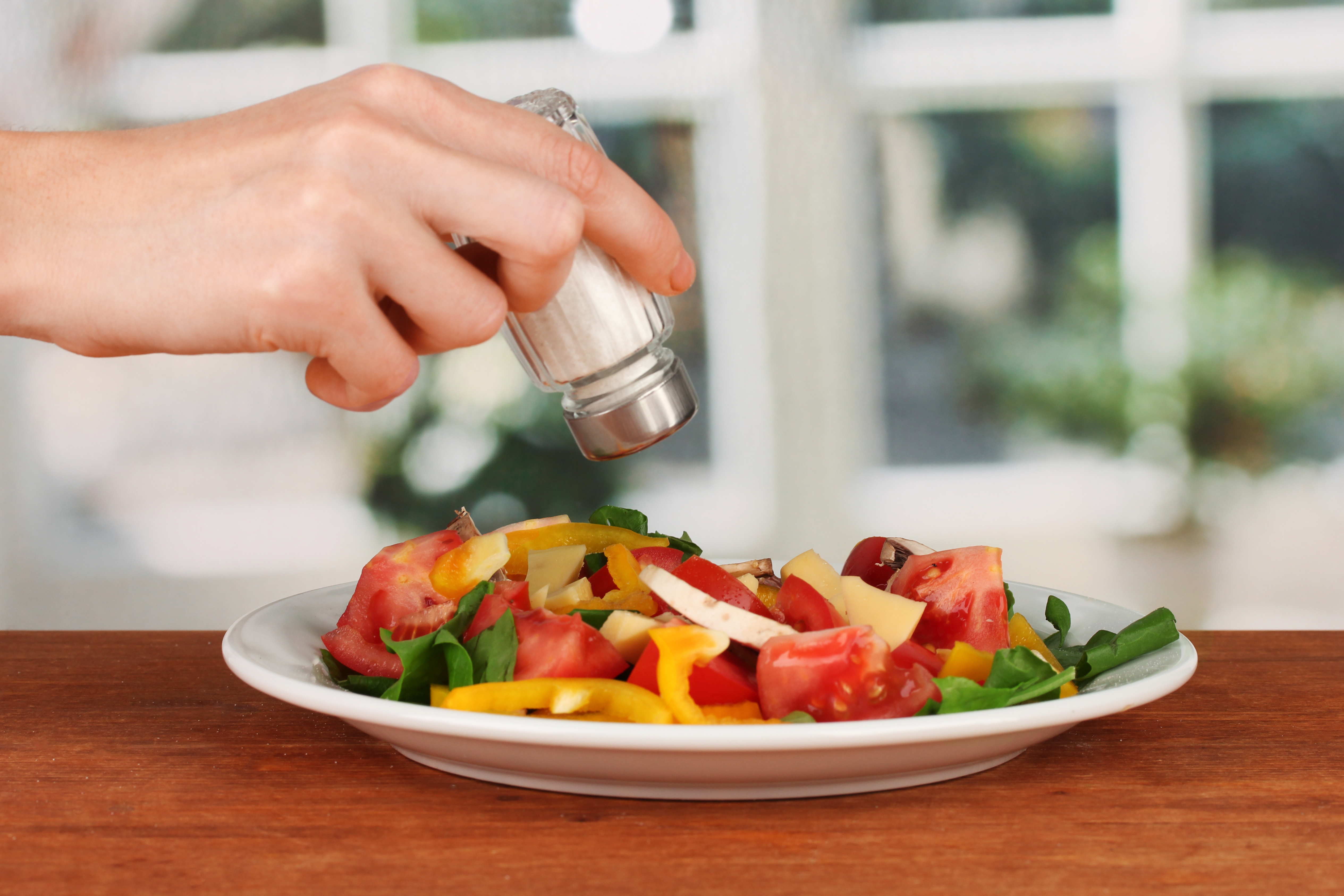 Adding Salt To Food Is It Healthy